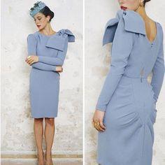 Like/Me gusta si quieres que nuestro vestido Dallas vuelva a estar de nuevo disponible en este precioso color azul  #tudecides
