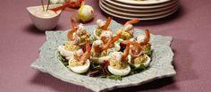 Receita de Salada de ovos com camarão e molho cocktail. Descubra como cozinhar Salada de ovos com camarão e molho cocktail de maneira prática e deliciosa com a Teleculinaria!