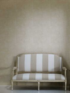 Camelot wallpaper, from the Museum Collection. Available in South Africa through www.halogen.co.za