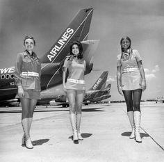 ミニスカートは、60年代から現代までこんなに進化した(画像集)