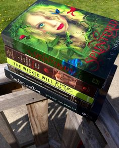 Thank you @lauraftbooks & @tillyofterrasen for tagging me to do the #top5tbr & #booksandnature tags! . A wasp was swarming around me while I was taking this picture. So scary. Anyways these are my top 5 books that I can't wait to read/finish. I'm in the middle of Splintered and I'm really starting to enjoy it the writing is SO much better than it was at the very beginning. . What are you currently reading? Have you read any of these books? by sincerelyyours.thebookclub