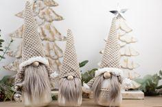 Christmas Gnome, Rustic Christmas, Christmas Presents, Christmas Crafts, Coastal Christmas, Scandinavian Gnomes, Scandinavian Style, Minimalist Scandinavian, Scandinavian Christmas