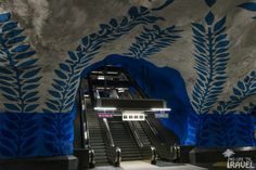 Metro T-Centralen Piano, Music Instruments, Musical Instruments, Pianos