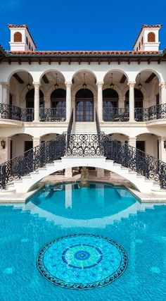 Mansions homes Dream house mansions Rich people lifestyle Mansions luxury Modern mansions House goals 458382068318853293 Mansion Homes, Dream Mansion, Dream Houses, Mansion Interior, Luxury Houses, Luxury Pools, Luxury Yachts, Beautiful Pools, Dream Pools