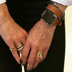 Mens Watches – Break Out From Boring Apple Watch Iphone, New Apple Watch, Apple Watch Series 2, Hermes Apple Watch, Hermes Watch, Apple Watch Accessories, Jewelry Accessories, Apple Watch Bracelets, Apple Watch Fashion