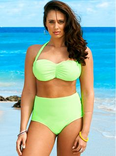 This One Is For The Curvy Girls: 7 Swimsuits For Plus Sized Women!