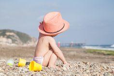 #miPlan La #playa es la gran amiga de los #bebés en #verano. Todo lo que necesitas saber, pinchando en la imagen