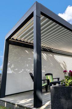 Réalisé sur mesure, la pergola bioclimatique vous protège du soleil durant tout l'été.  #pergola #aluminium #summer #design #home