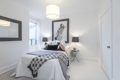 Meghan Markle is moving with her new husband and is selling her Toronto apartment. Discover amazing photos of her former home. Meghan Markle House, Meghan Markle Toronto, Toronto Rentals, Toronto Apartment, Dark Grey Walls, Open House Plans, Two Storey House, Celebrity Houses, Celebrity Style