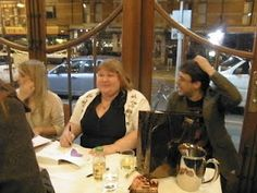 Cassandra Clare - Book Signing - Melbourne May 2011 - Part 2 vid