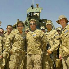 Gary LeVox pinterest | Thank you #Veterans #RascalFlatts in #Iraq during 2005 #USOTour The ...