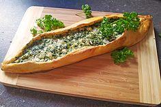 Pide mit Spinat und Schafskäse 12