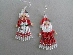 and Mrs. Santa Claus Earrings by DsBeadedCrochetedEtc on Etsy - Christmas Jewelry Beaded Earrings Patterns, Jewelry Patterns, Beading Patterns, Bracelet Patterns, Beaded Christmas Ornaments, Christmas Earrings, Beaded Crafts, Jewelry Crafts, Jewelry Ideas