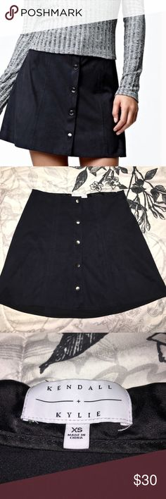 Sexy suede Kendall & Kylie skirt Navy blue gorgeous skirt! Worn a couple times but in perfect condition. Looks AMAZING with a cute crop top! Accepting reasonable offers 💙 Smoke free home and comes with a free gift!! Kendall & Kylie Skirts Mini