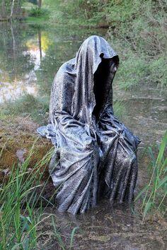 blockheide-gmuend-lower-austria-guardians-of-time-manfred-kili-kielnhofer-contem. - blockheide-gmuend-lower-austria-guardians-of-time-manfred-kili-kielnhofer-contemporary-fine-art-scu - Concrete Statues, Concrete Sculpture, Art Sculpture, Cement Art, Concrete Crafts, Concrete Art, Outdoor Halloween, Scary Halloween, Art Concret