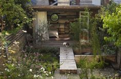 Outbuilding of the Week • A Cabin Hideaway in Central London • via Remodelista