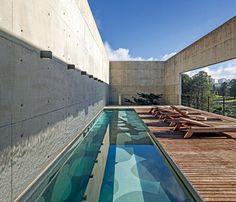 Uma morada vertical em Curitiba Projeto arquitetônico nada convencional