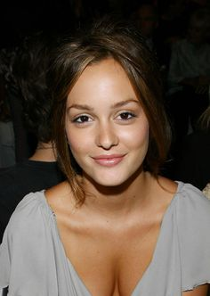 st-orm:    peachpalms:    face of perfection    st-orm.tumblr.com  leighton meester
