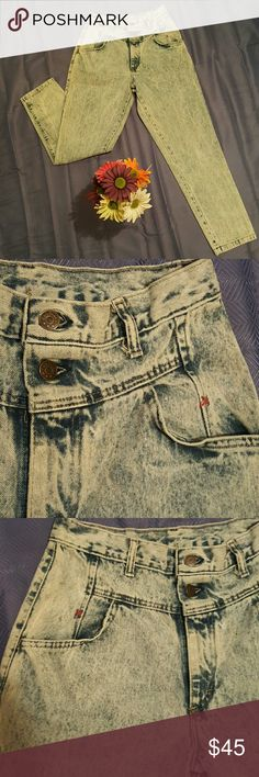 """RARE *Vintage* Cap Ferrat High Rise 80s Jeans 80s High Rise """"mom jeans"""" Vintage Cap Ferrat! These jeans are so freaking cool its killing me to list them! I want to keep them ! They are THAT frikkkin cool! Light wash! 14' waist 40' length 12.5' crotch rise ! Size 12 ?! made in USA!! Dont go by size go by measurements bc they fit me & im like a 6/7 & they make my butt look bangin! they are not tight on me tho! could fit a various range ! depending on how you want them to fit! Awesome condition…"""