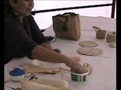 Manualidades - Reciclado con hola de Maiz o choclo (1 de 2) - YouTube