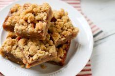 CARAMEL APPLE CRUMBLE BARS http://www.annies-eats.com/2012/09/07/caramel-apple-crumble-bars/