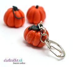 Polymérové tekvičky ako prívesok na kľúče Clay Tutorials, Polymer Clay, Pumpkin, Pumpkins, Squash, Modeling Dough