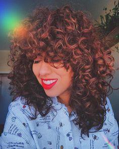 """2,478 curtidas, 62 comentários - Carla Lemos (@modices) no Instagram: """"➰ sobre meus cabelos ⬇️➰ . 💇🏽 o corte é bem 80s inspired feito pelo @brunodantte - essa semana sai…"""""""