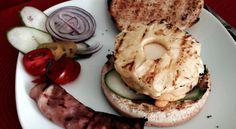 Hawaii-Burger    #diy #kuechenparty #burger #hawaiiburger #pineapple #ananas
