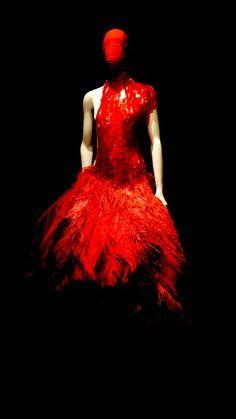 Alexander McQueen 'Savage beauty'
