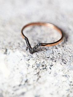 Black Diamond V Ring |
