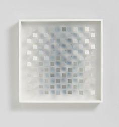 Klaus Staudt: von weiß nach grau (EO 26 W) aus unserer Rubrik: Zeitgenössische Objekte