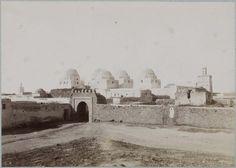 Kairouan   Mosquée des Sabres    Coupoles et fortifications    1882