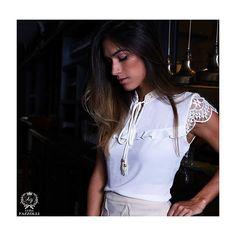 Detalhes encantadores das blusas #LuziaFazzolli, cheias de charme e delicadeza✨ #LaBelleModernÉpoque #BelleNoir #Summer17