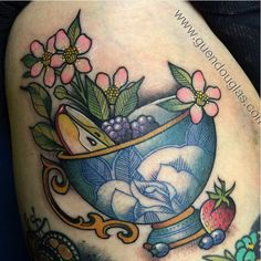 Teacup w. fruit and flowers by Guen Douglas, tattoo traveller