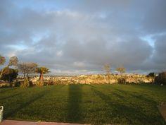 Hermosos cielos.  Vista desde #Jardín de Fiestas Calypso Gardens
