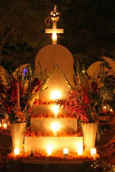 Altar de día de lis muertos, Michoacan Mx. #dayofthedead altar inspiration from #Mexico.