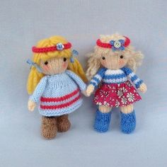 KNITTING PATTERN contains instructions for Little Belles - 4 fashionable little dolls that are fun to make and only require small amounts of yarn. Each one has a summer outfit and a winter outfit and hats and capes are interchangeable.SIZE: LITTLE BELLES - each one is 15cm (6 in)NEEDLES: knitted on two straight 3.25 mm needles (US 3)YARN: Small amounts of DK (double knitting) yarn (USA - light-worsted/Australia - 8 ply)Hayfield Bonus DK – Flesh Tone (963) small amount for head and hands...