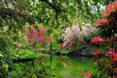 spring-full-sunken-garden-lake