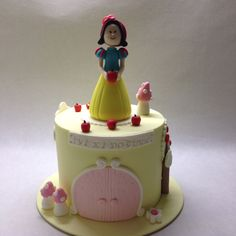 Pamuk prenses pasta. Snowwhite cake. She Bee Pasta&Kurabiye She Bee Cake&Cookie