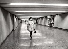Post with 0 votes and 1983 views. An ad for the Mexico City Metro, México City, Old City, City Photography, Vintage Photography, Old Pictures, Egypt, Life Is Good, Beautiful Places, Old Things
