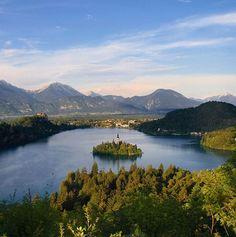 Bled Island-Slovenija  ブレッド島-スロベニア