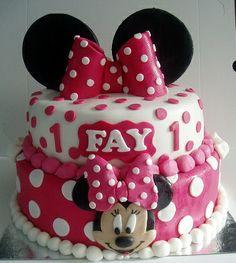 minnie mouse taart van Fondant
