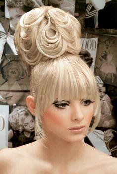Whimsical Runway Hairstyles| Serafini Amelia| Konstantinos Lefas