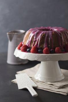 Lemon & blueberry cake   lemon   blueberry   cake   food styling   food photography  blueberry cake   blueberry glaze   blueberry syrup   #blueberrycake #lemoncake #lemon #cake #sweet #foodstyling #foodphotography #blueberry #raspberry