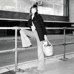 #JaneBirkin | | Ancora oggi è meglio di qualsiasi corso di liberazione sessuale. Ha bisbigliato le trasgressioni degli #anni60 rivestita di #jeans a zampa delefante e pochi centimetri di stoffa intrisi di antiperbenismo   #MClikes_IconeDiStile #MClikes #MClikestimeless #Womansday #8marzo #Festadelladonna (foto: @gettyimages )  via MARIE CLAIRE ITALIA MAGAZINE OFFICIAL INSTAGRAM - Celebrity  Fashion  Haute Couture  Advertising  Culture  Beauty  Editorial Photography  Magazine Covers…