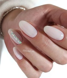 The advantage of the gel is that it allows you to enjoy your French manicure for a long time. There are four different ways to make a French manicure on gel nails. Latest Nail Designs, Nail Art Designs, Nails Design, Bridal Nails, Wedding Nails, Bridal Makeup, Gorgeous Nails, Perfect Nails, Cute Nails