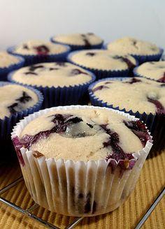 Sweet & Tart: Lemon Blueberry Muffins! 3 WW P+, 137 calories