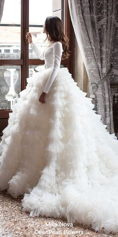 30 ball gown wedding dresses fit for a queen, ball gown wedding dresses simple .club 30 ball gown wedding dresses fit for a queen, ball gown wedding dresses just . Stunning Wedding Dresses, Dream Wedding Dresses, Bridal Dresses, Wedding Gowns, Wedding Bride, Lace Wedding, Bouquet Wedding, Wedding Nails, Wedding Reception