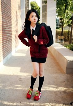 Class Is In Session: Sexy Asian School Girls – Page 2 Japanese Fashion, Japanese Girl, Asian Fashion, Love Fashion, Girl Fashion, Fashion Outfits, Style Fashion, Japanese School Uniform, School Uniform Girls