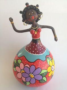 Boneca em Cabaça Pintura Floral